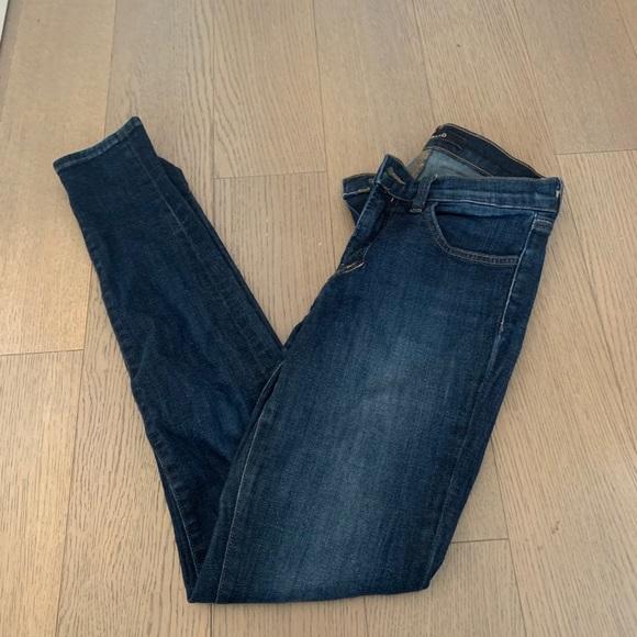 Jbrand dark wash skinny jeans